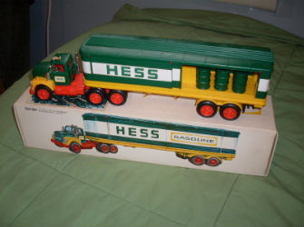 1976 hess box trailer truck value