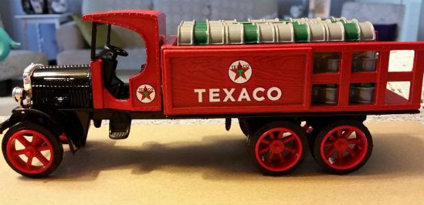 Vintage ERTL #9 Texaco 1925 Kenworth Stake Truck Made in 1992
